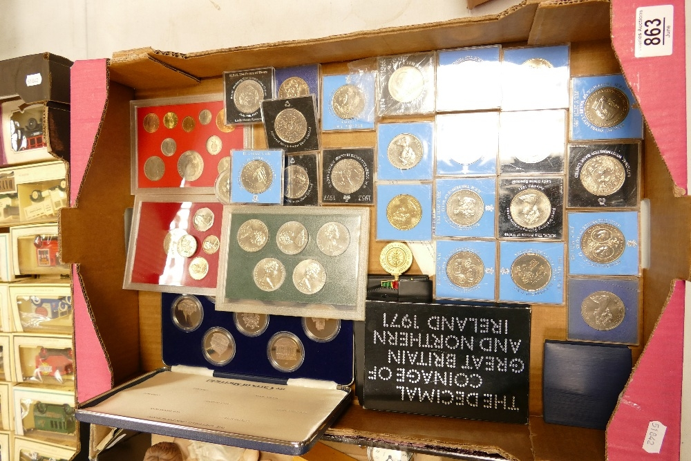 A large collection of Commemorative Crowns: decimal coin sets, Carrs of London boxed set etc - Image 2 of 2
