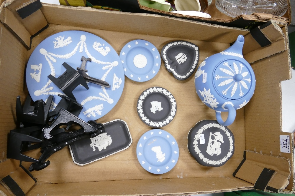 A collection of Wedgwood Jasperware to include: Teapot, lidded box, pin trays, commemorative
