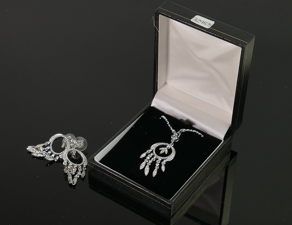 Quality costume chandelier necklace set: with earrings, QVC brand new and boxed.