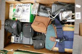A mixed collection of Digital Cameras to include: Canon Power Shot A810, A550, A530, boxed