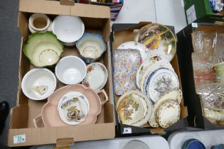 A mixed collection of items to include: planters, decorated wall plaques, cake plates, floral