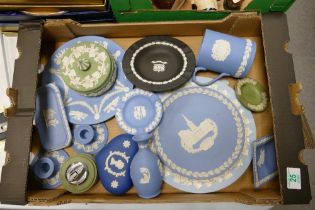 A collection of Wedgwood Jasperware items to include: vases, candlesticks, tankards etc