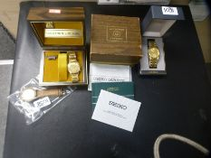 Vintage boxed gents Bulova Accutron wristwatch with guarantee, boxed Seiko gents wristwatch and vint