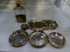 A silver lot comprising of a Georgian trinket tray, hallmarked London 17891 Thomas Harper, with fore