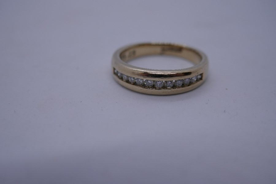 9ct yellow gold diamond channel set band ring, size N, 3.9, marked 375