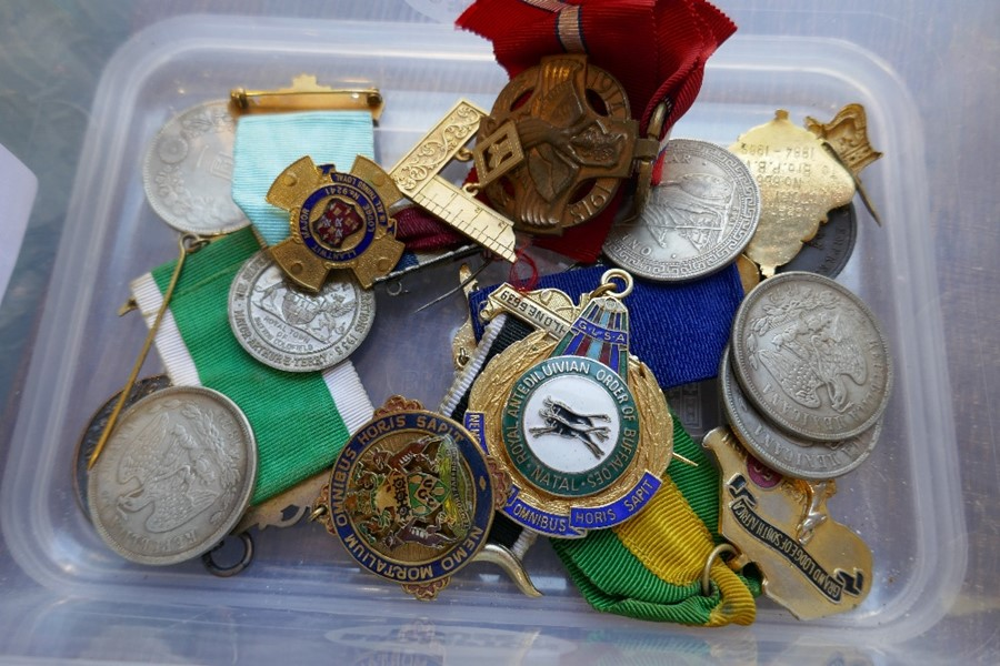 A Chinese coin, other coins, Masonic medals and sundry - Image 2 of 3