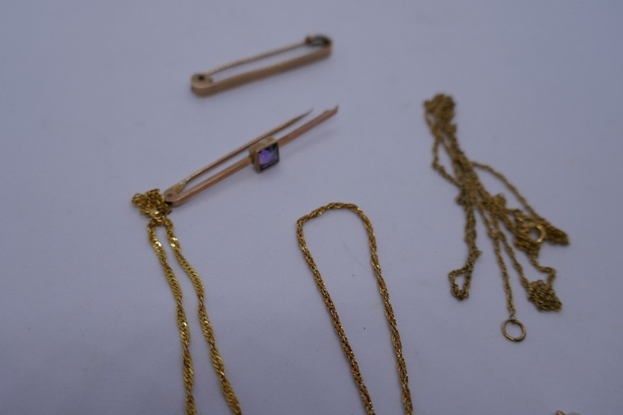 2 9ct yellow gold bar brooches, marked 9ct,, 2 9ct yellow gold bracelets and a 9ct gold chain 7.1g a - Image 2 of 3