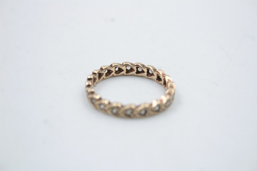vintage 9ct gold gemstone eternity ring 2.2g - Image 4 of 4
