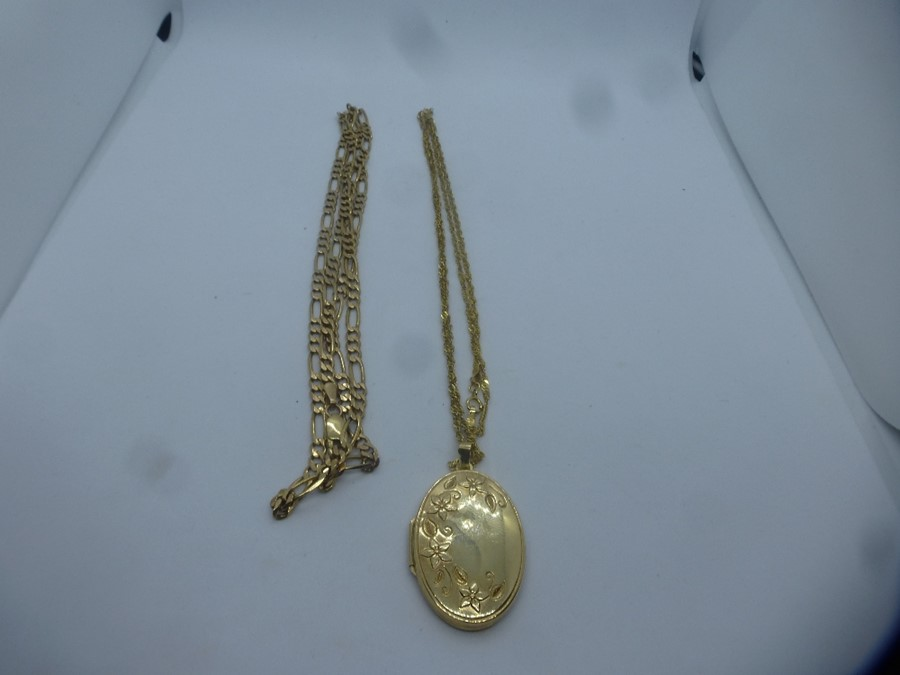 9ct yellow gold oval floral embossed locket, hung 9ct rose twist necklace and 9ct yellow gold figaro