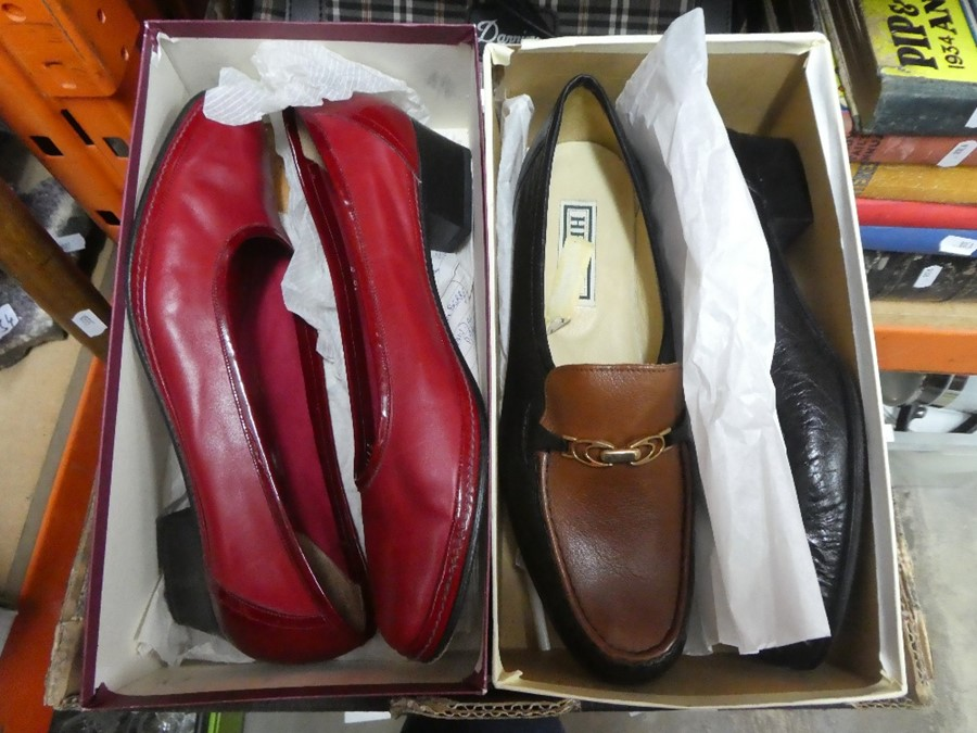 A box of vintage shoes and handbags, some Italian, of various sizes