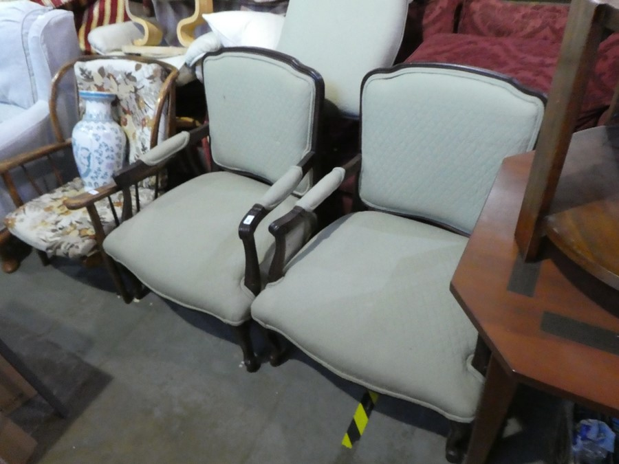 2 green fabric upholstered large lounge armchairs and a matching footstool. - Image 5 of 6