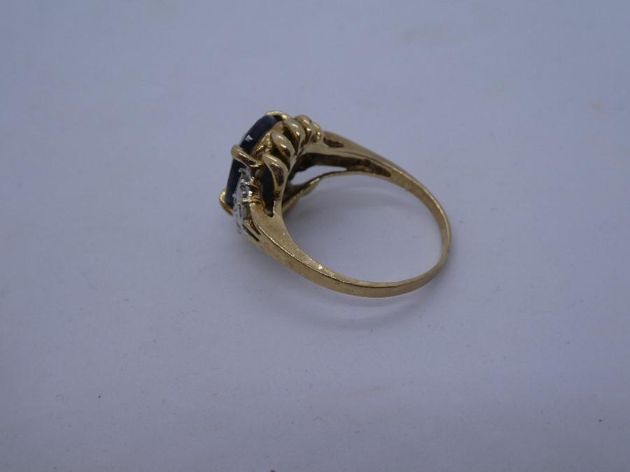 vintage 9ct gold sapphire & diamond dress ring 3.6g - Image 3 of 4