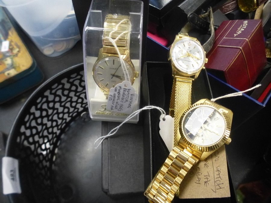 Five various gent's wristwatches - Image 2 of 3