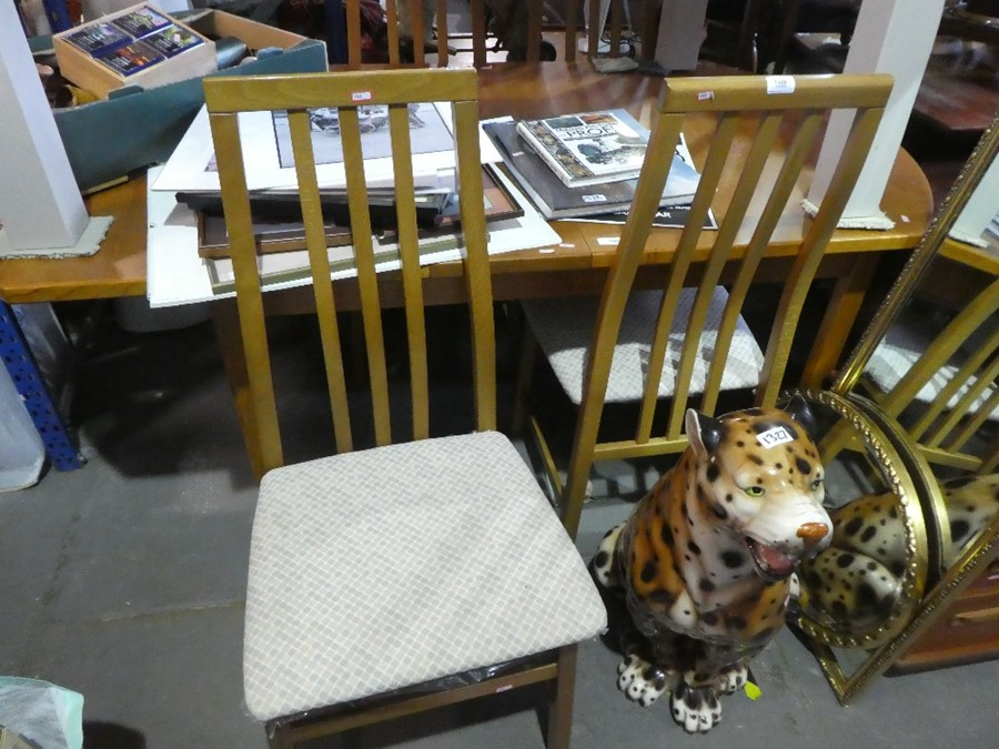 Mid century table and 4 chairs - Image 3 of 3