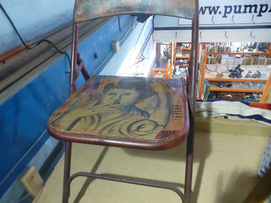 Painted folding chair - Image 4 of 4