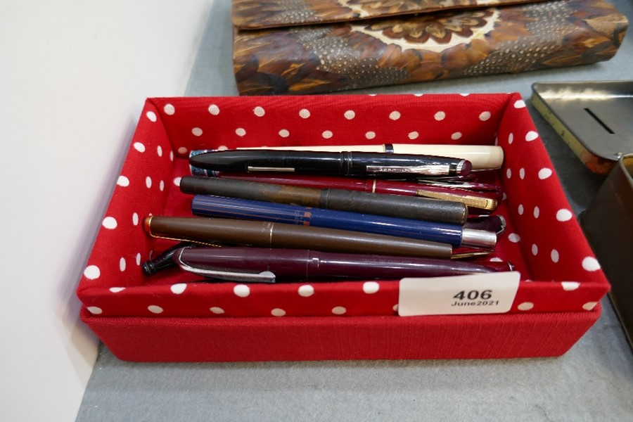 Mixed fountain pens and others