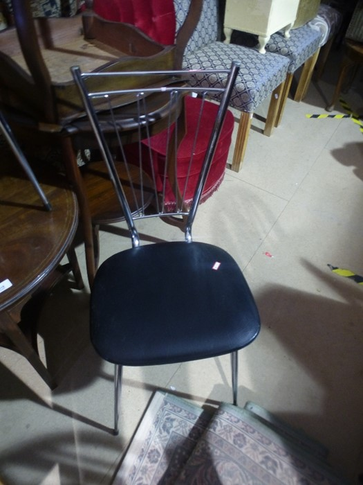 2 Retro chrome and faux leather chairs - Image 2 of 3