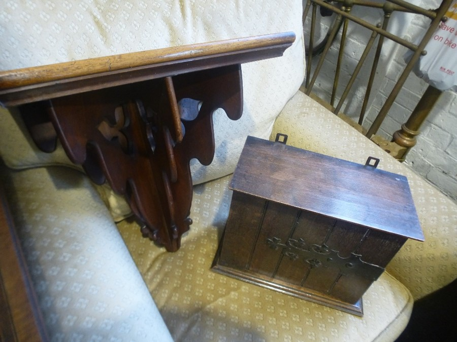 A Victorian mahogany wall bracket and antique miniature chest having 4 drawers and 2 other items - Image 2 of 3