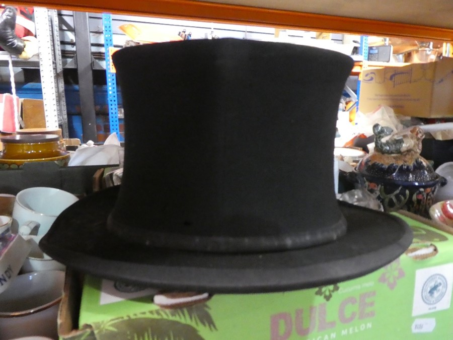 3 Top hats and another and 3 boxes 'Lincoln Bennett' 'Herbert Johnson' and one AF - Image 2 of 4