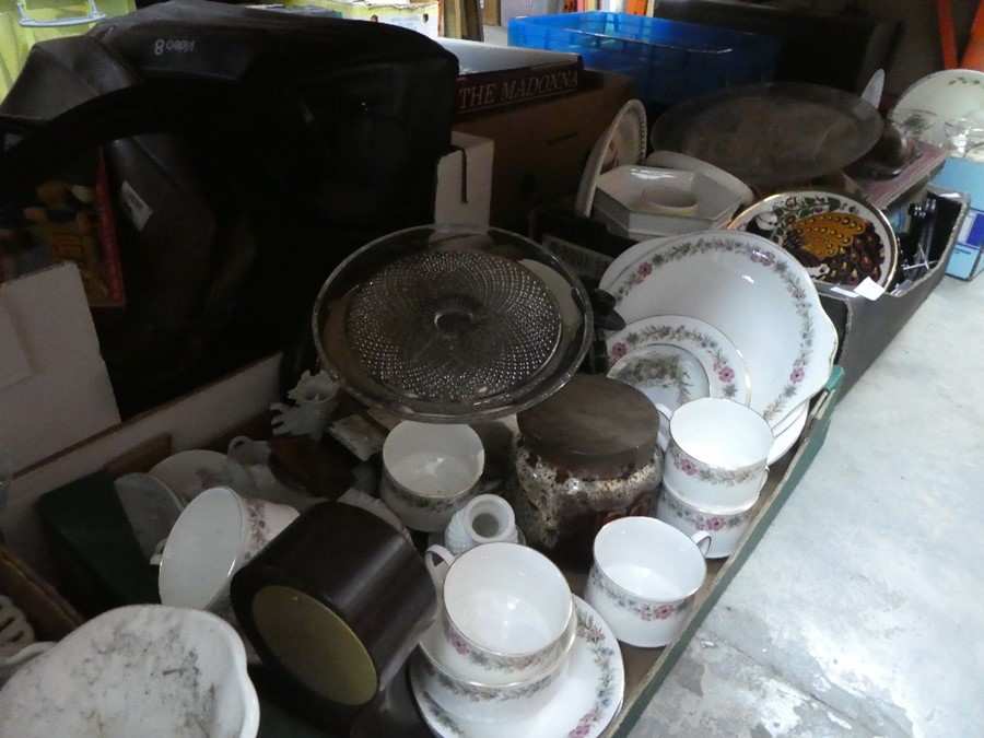 Several boxes of mixed china, glass and treen including Babycham glasses, coat hooks, etc - Image 2 of 6