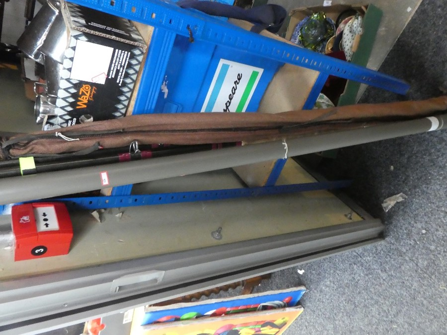 A selection of fishing rods some by DAIWA, and equipment to include hooks, netc - Image 4 of 4