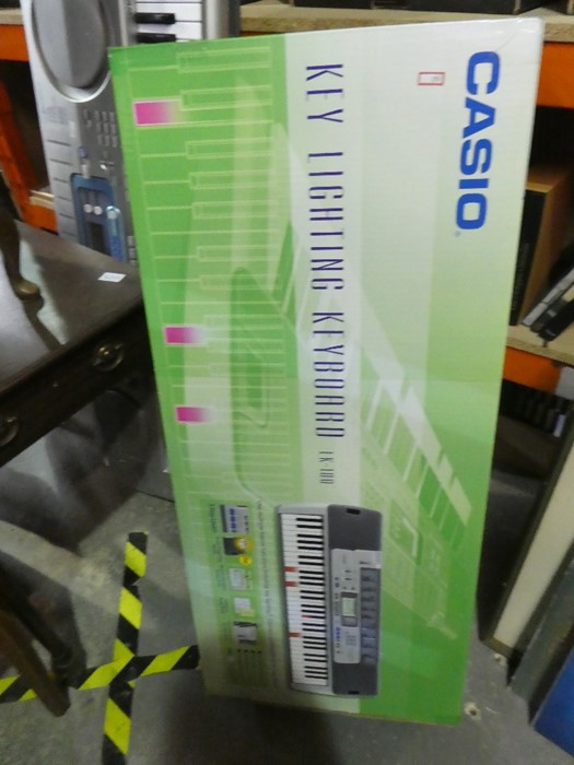 Casio key lighting keyboard CK100 in box seems to have had little use