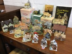 A collection of miniature houses - Lilliput Lane, David Winter, studio pottery, Danbury Mint,