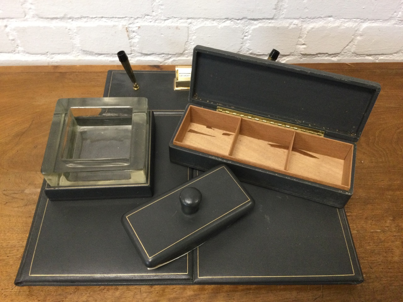 A 1950s grey leather mounted desk set with blotter, ashtray, cigarette box, pen stand, writing - Image 3 of 3