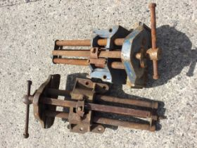 Two Record cast iron bench vices. (2)