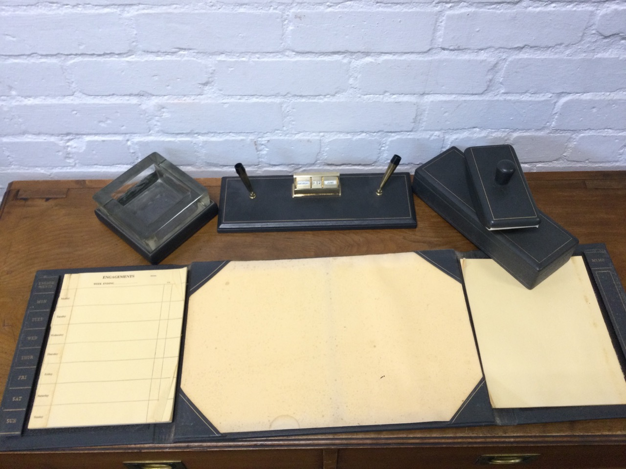 A 1950s grey leather mounted desk set with blotter, ashtray, cigarette box, pen stand, writing - Image 2 of 3