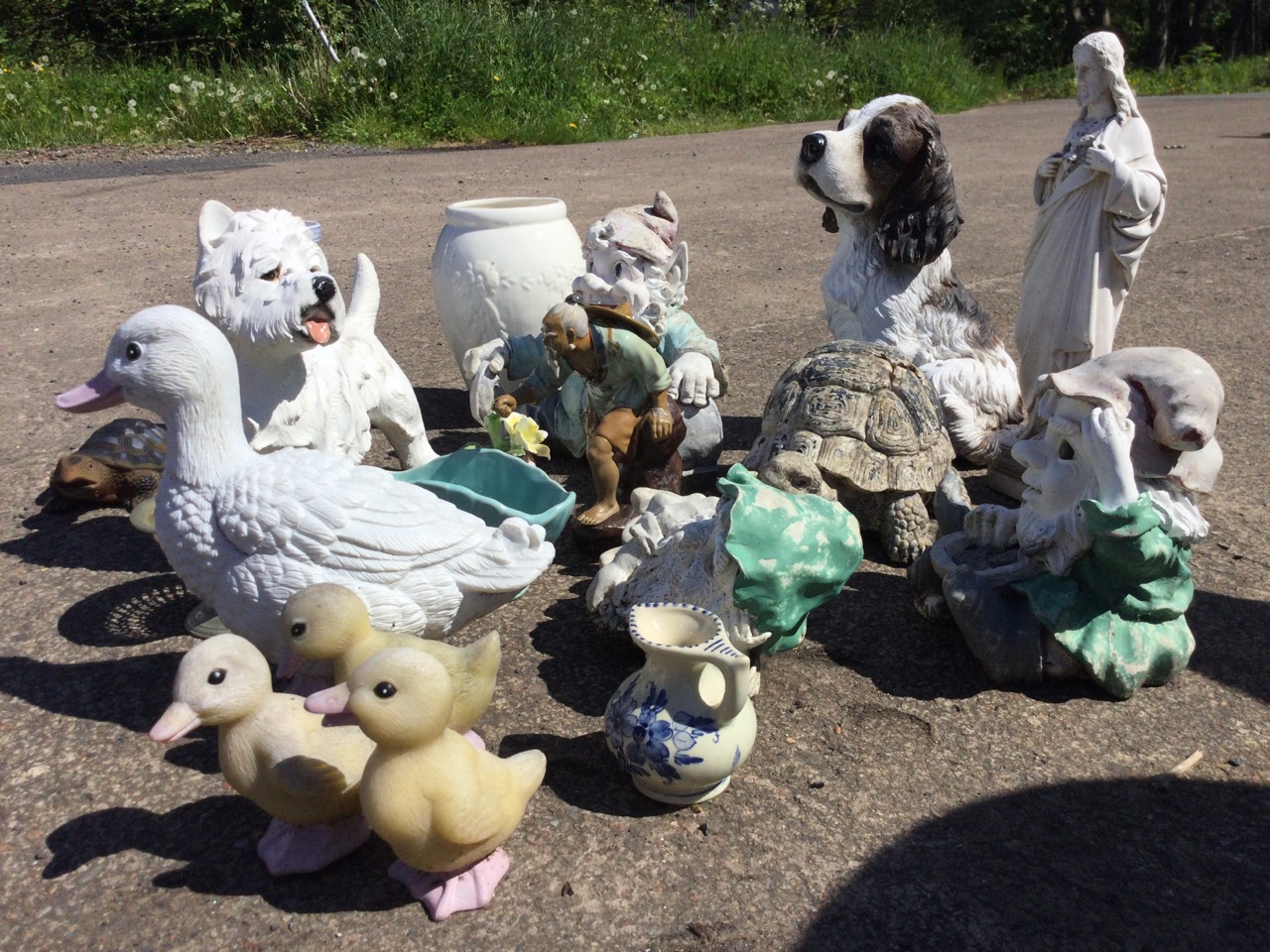 Miscellaneous ornaments including gnomes, vases, a tortoise, ducks, a Chinese stoneware figure, a - Image 3 of 3