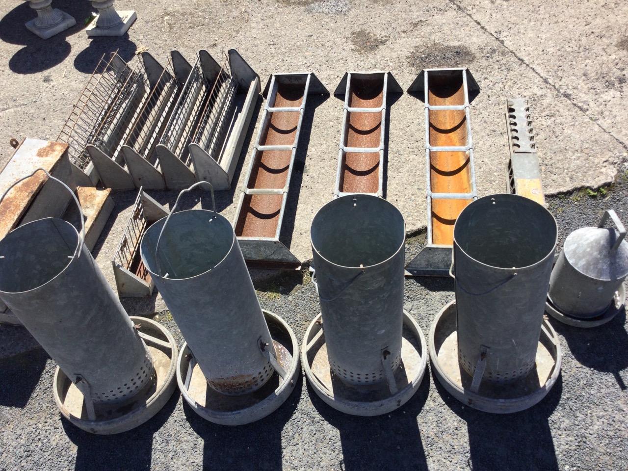 Miscellaneous galvanised feeding/water bins - five rectangular tray type, five tubular on circular - Image 3 of 3