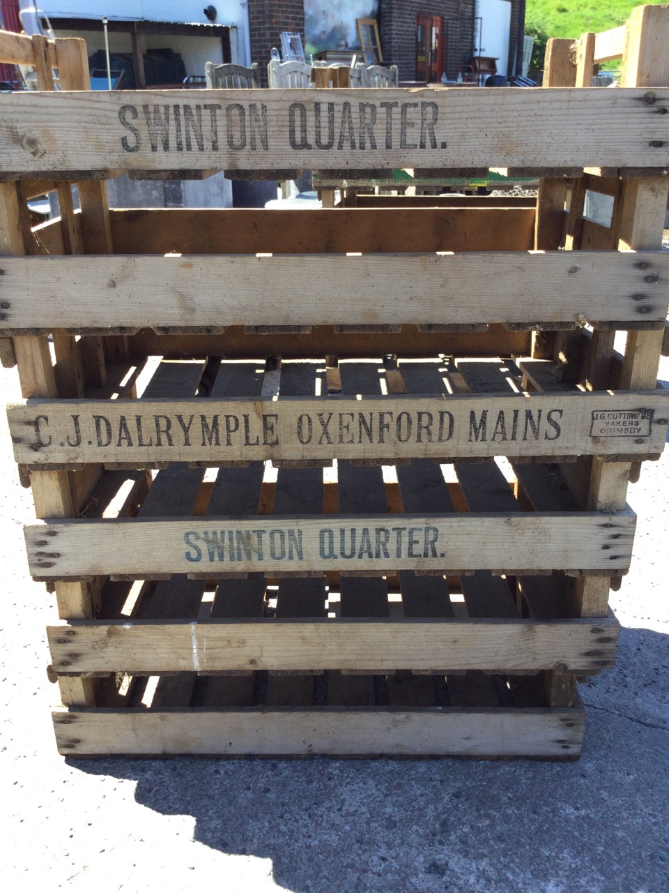 Six rectangular 2ft 6in agricultural produce trays with slatted bases. (29.75in x 17.75in x 6. - Image 3 of 3