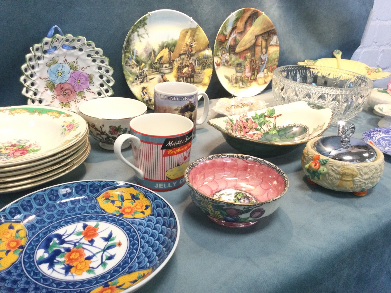 Miscellaneous ceramics including a Clarice Cliff Celtic Harvest pattern sucrié, a Maling apple - Image 3 of 3