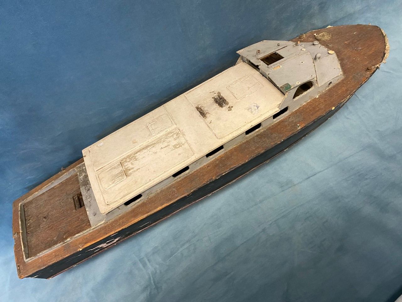 A C20th handbuilt naval type cruiser A60 with hardwood deck and painted cabin, the vessel built - Image 2 of 3