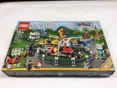 Lego Creator Expert 10244 Fairground Mixer, 10245 Santa 's Workshop, including minifigs and instruct