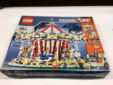 Lego Building 10190 Grand Carousel (Orignal), with instructions, Boxed