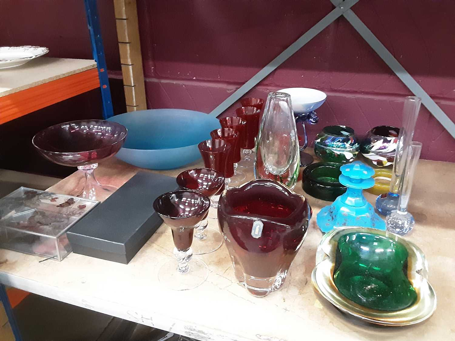 Whitefriars Ruby red molar vase with original label, and a selection of various coloured glass - Image 2 of 2