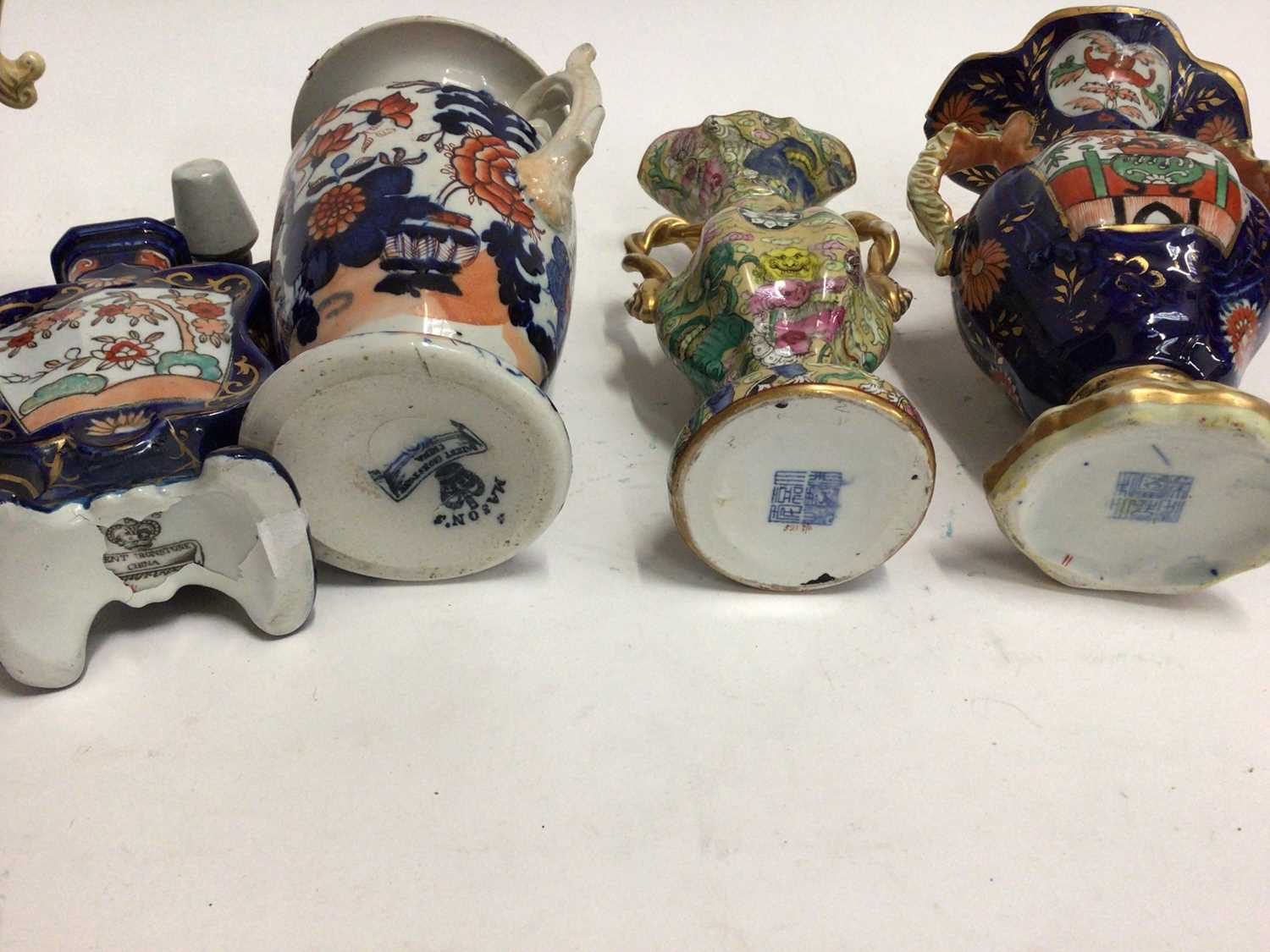 19th century Masons and Masons-style pottery, including four vases and a scent bottle, the largest v - Image 5 of 5