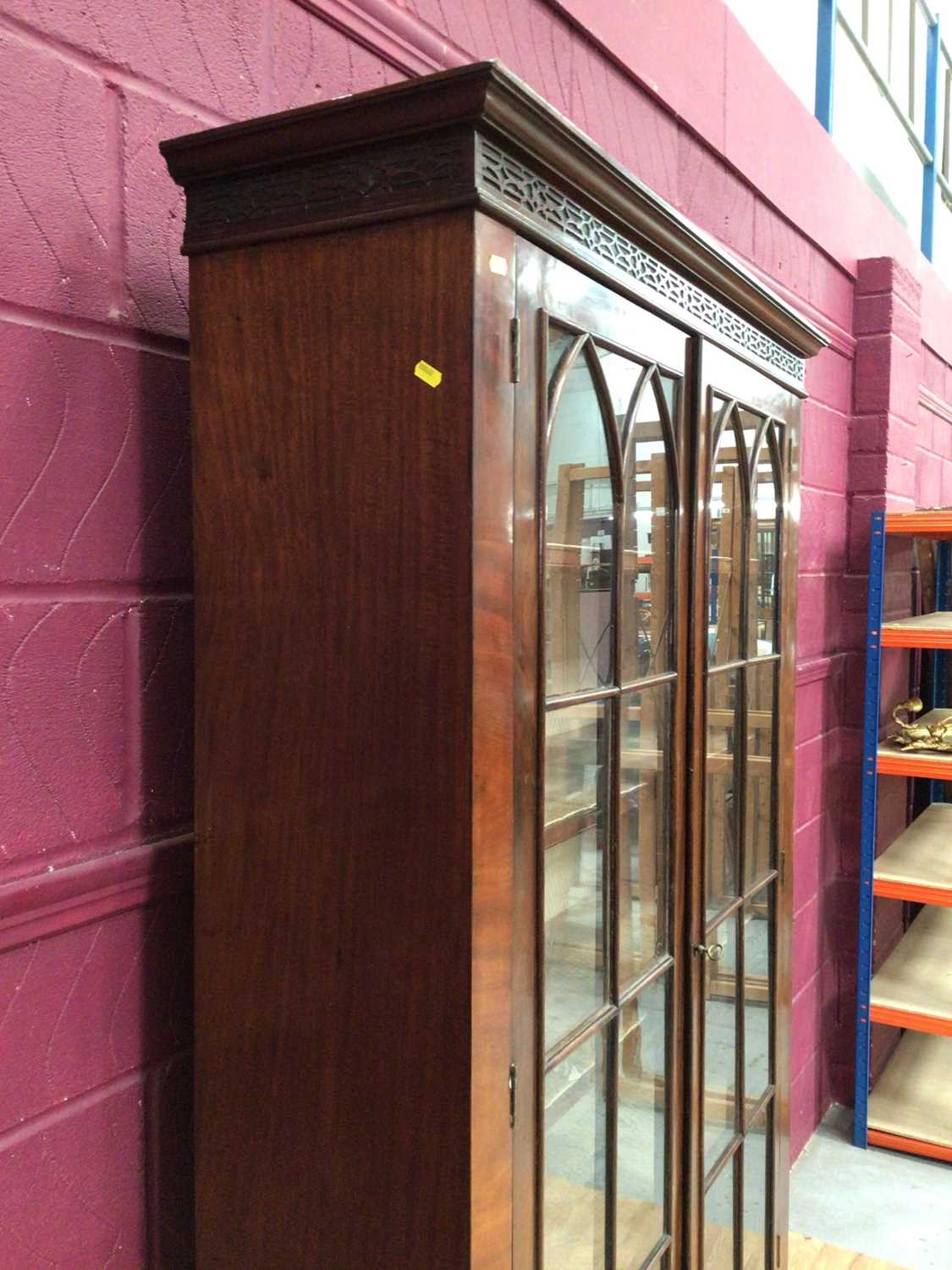 Edwardian mahogany bookcase with shelved interior enclosed by two glazed doors with drawer below on - Image 3 of 7