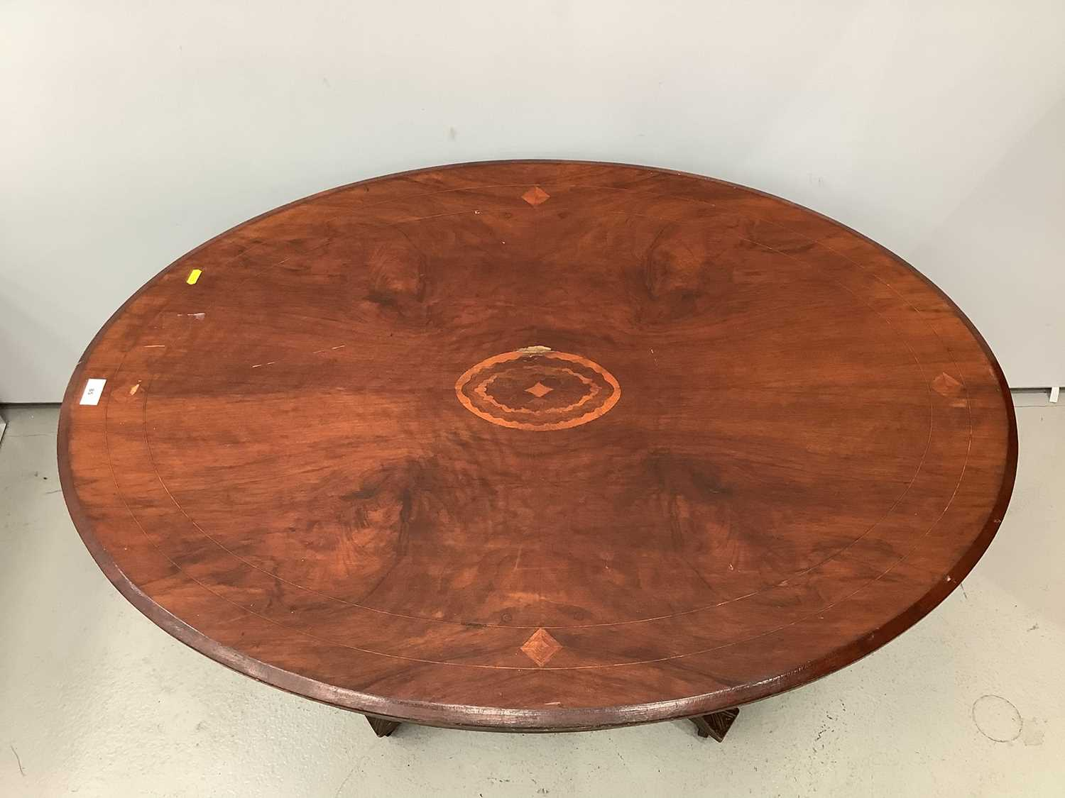 Victorian inlaid oval tilt top loo table 117cm - Image 2 of 5