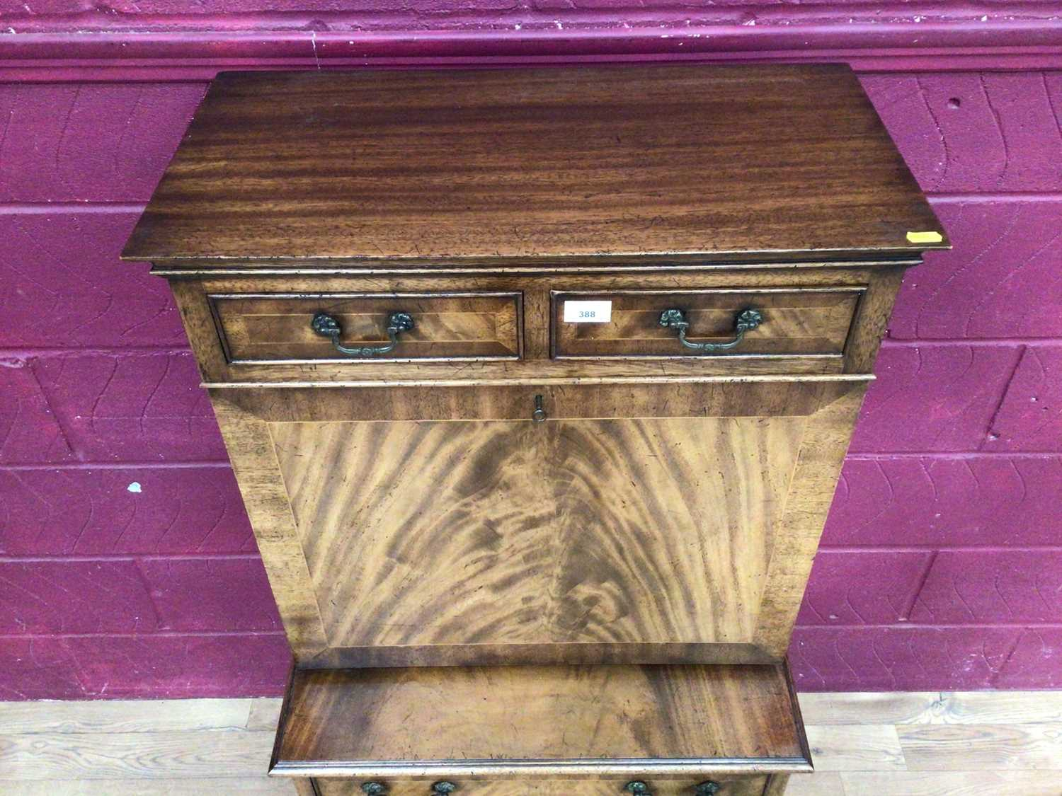 Good quality Georgian style mahogany secretaire chest with two top drawers, fall front with fitted i - Image 3 of 9