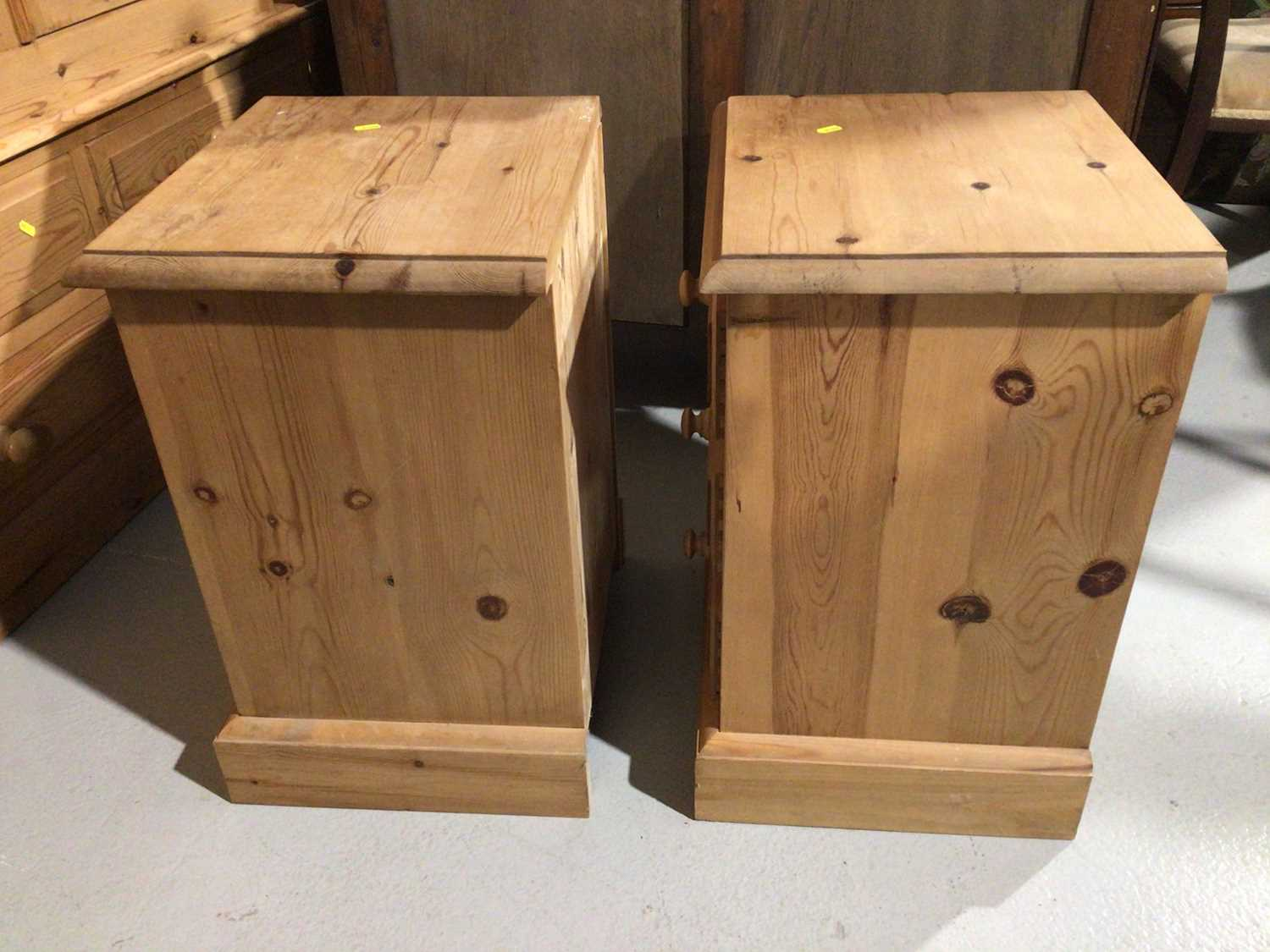 Pair of pine three drawer bedside chests and a pine dressing table mirror (3) - Image 7 of 8