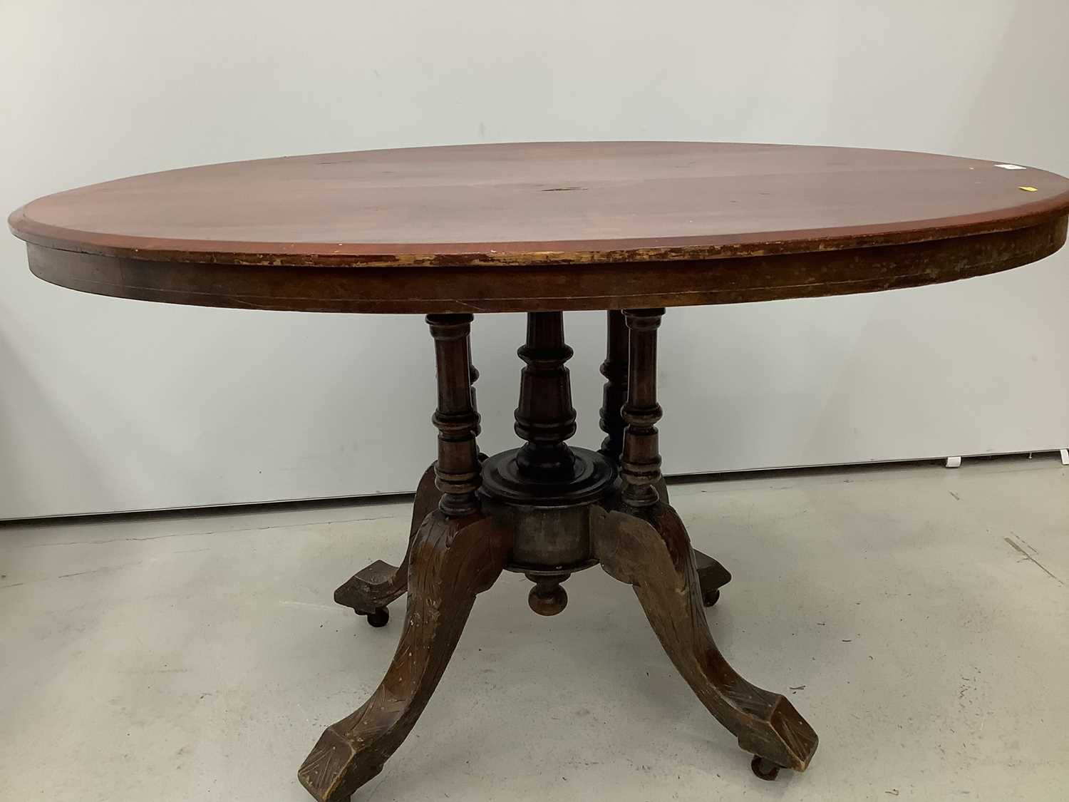 Victorian inlaid oval tilt top loo table 117cm - Image 3 of 5