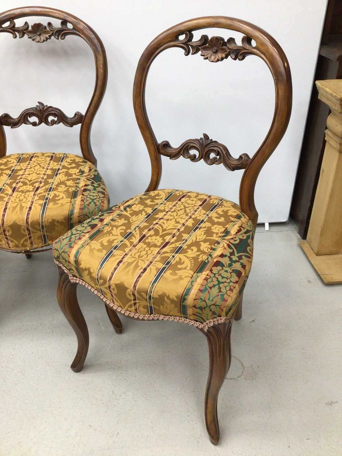 Set of four Victorian walnut balloon back chairs - Image 5 of 5