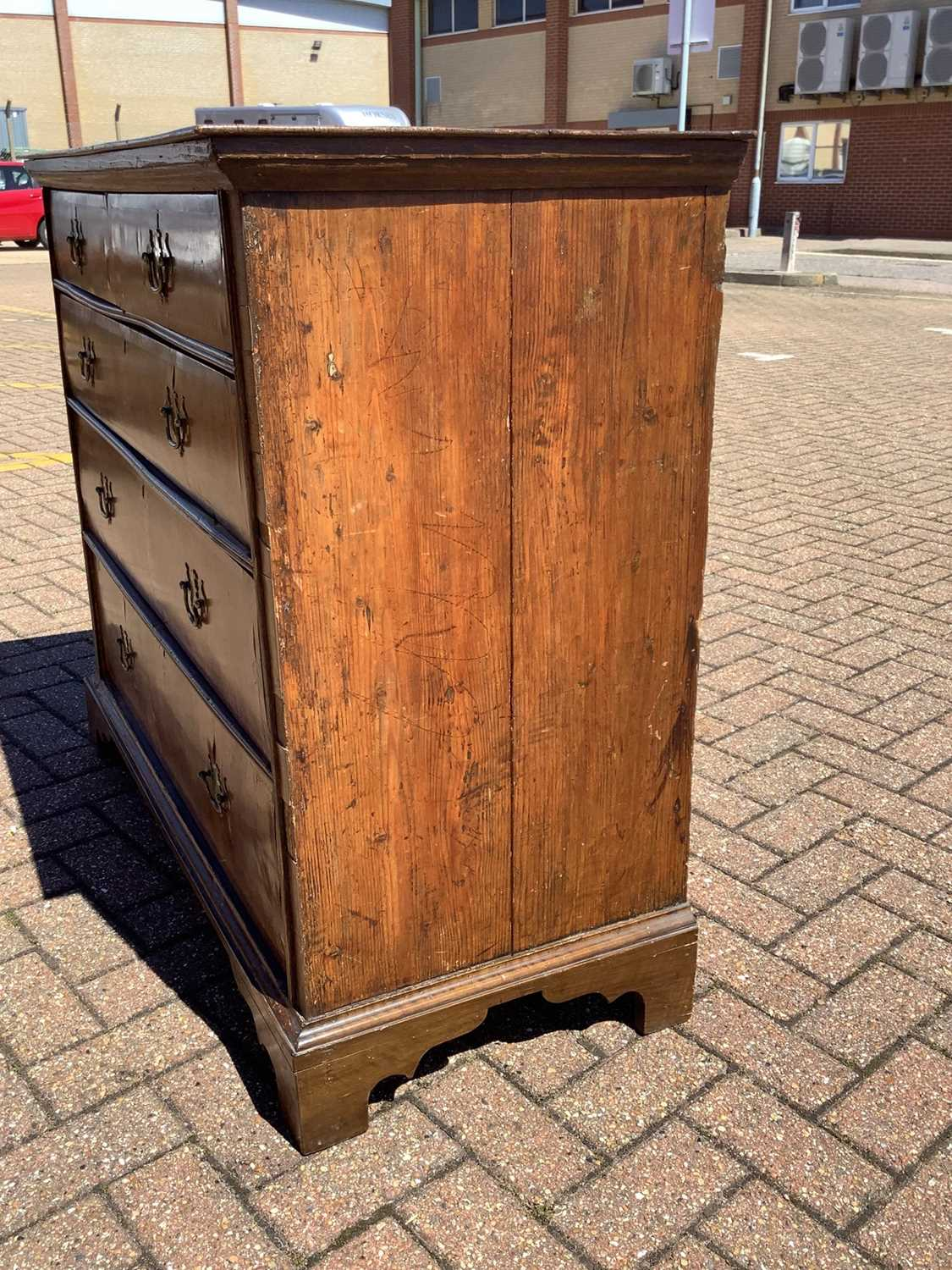 19th century Continental walnut chest of drawers - Image 4 of 7