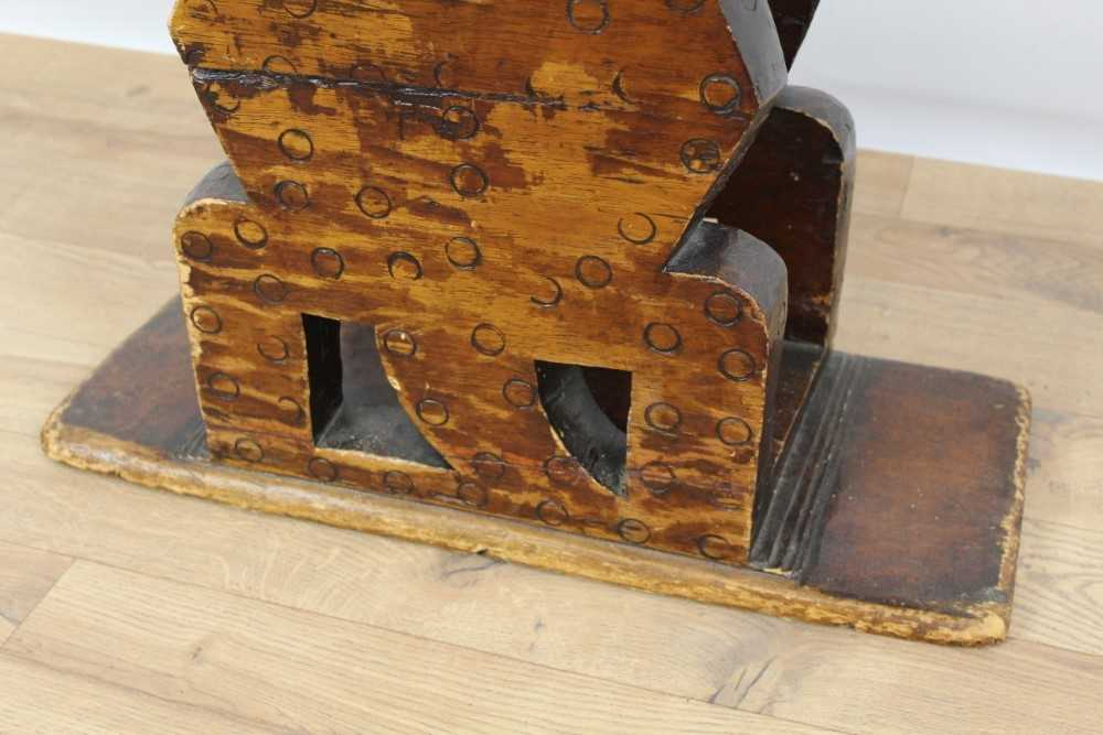 Antique African Tribal seat with carved stylised turtle supports and dished seat, on rectangular bas - Image 5 of 6