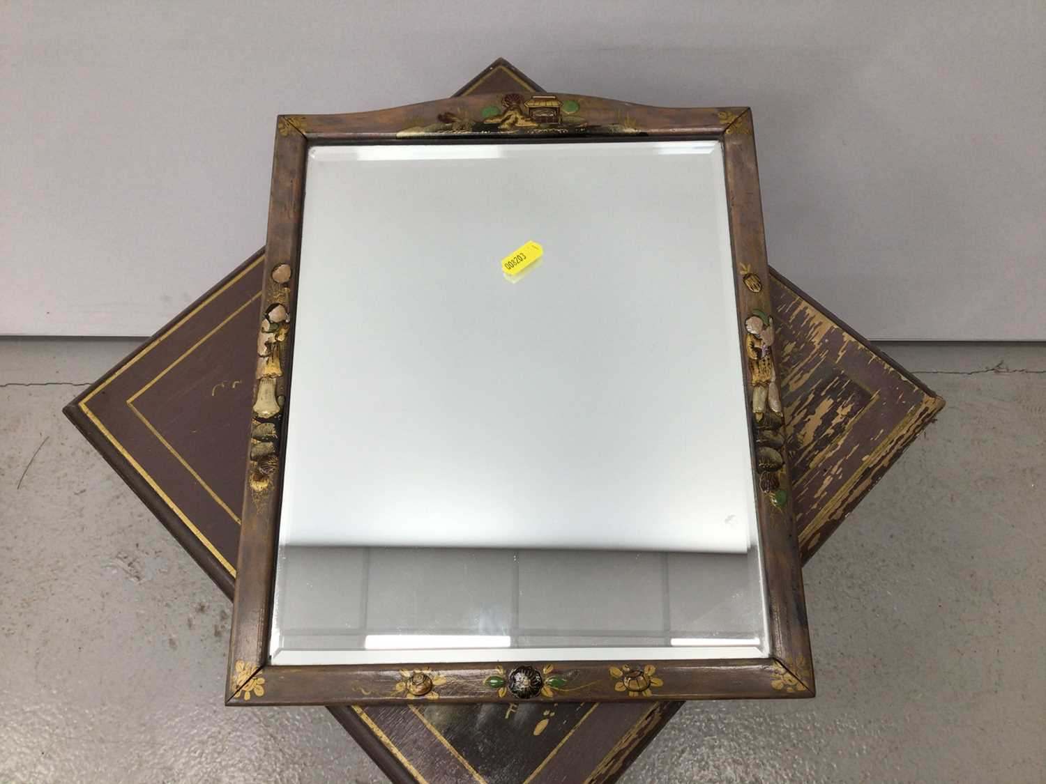 Oriental painted sewing table with mirror H63, W35.5cm mirror H35, W28.5cm - Image 4 of 5