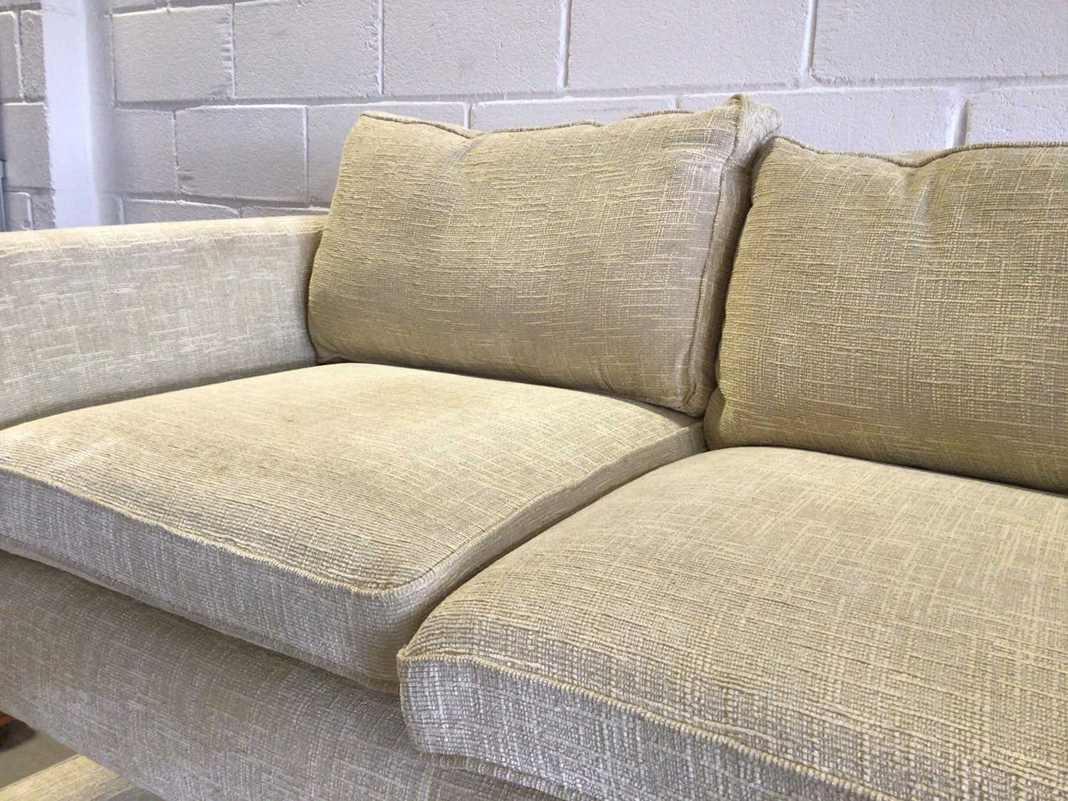 Contemporary three piece suite with pale yellow upholstery comprising a pair of two seater settees 2 - Image 6 of 13