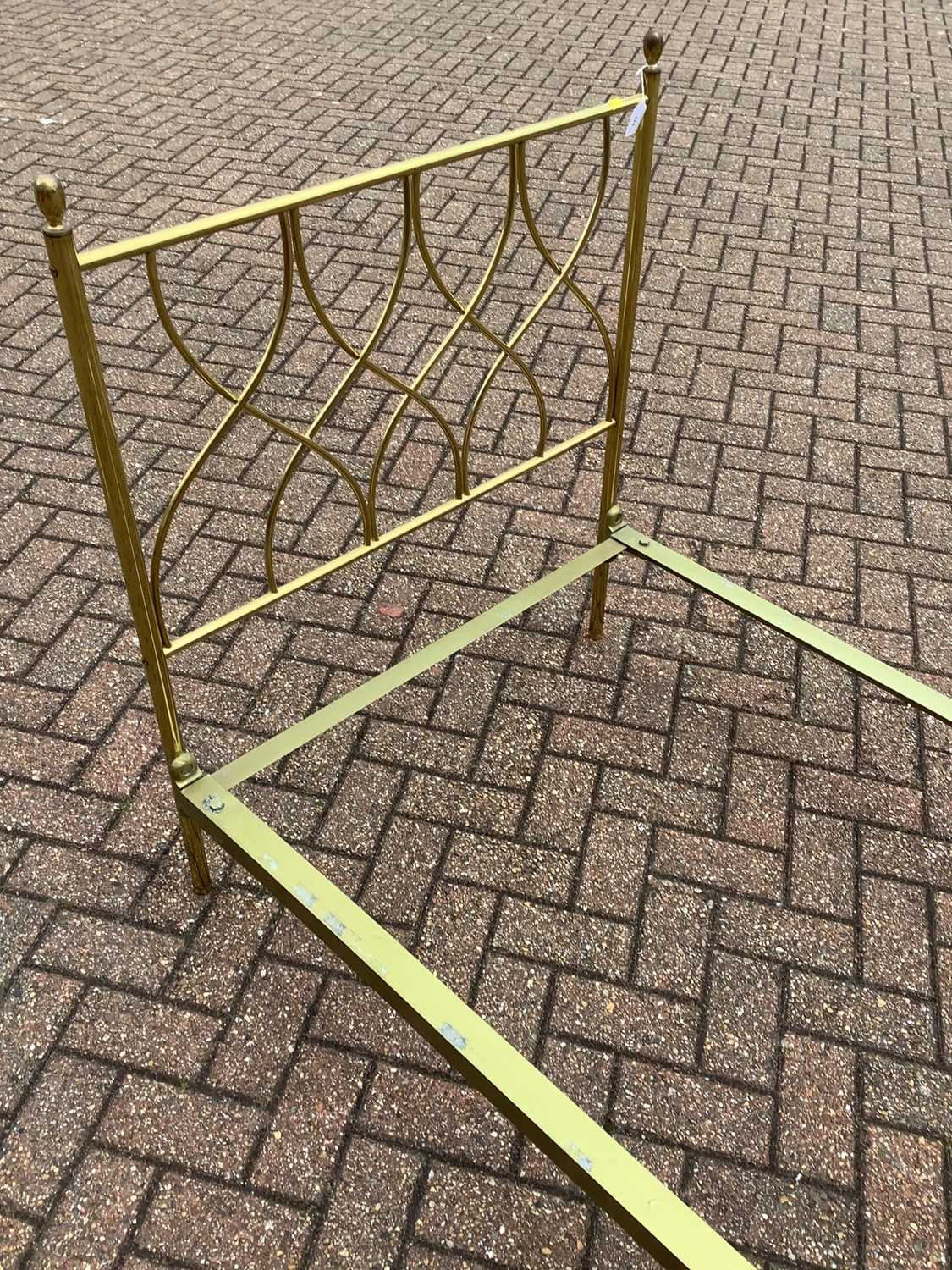 Brass single bed with side irons, 89cm wide - Image 3 of 11
